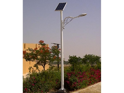 4 Dubai solar lighting pro...